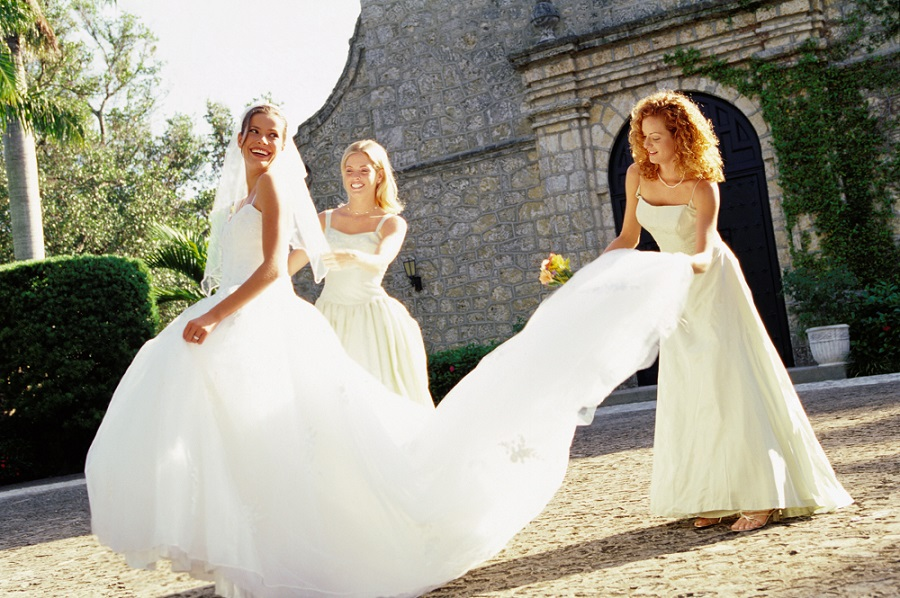 What Does a Bride Wear to Her Hen Party?